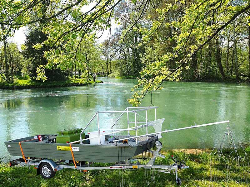 Barco pesca eléctrica